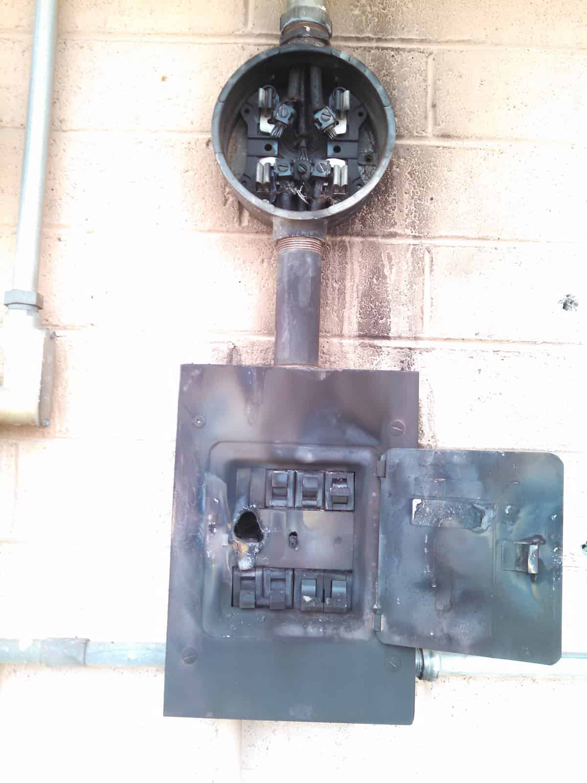 How to turn on circuit breaker